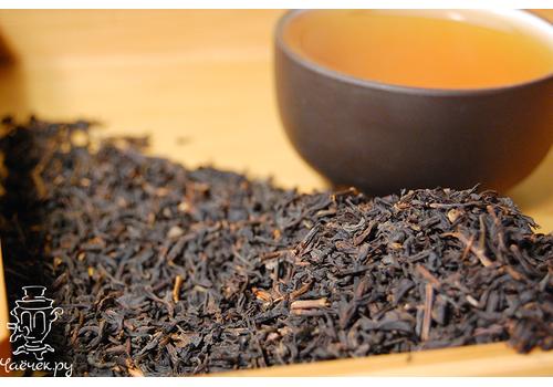 Черный чай с клубникой